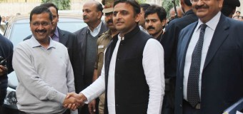 CM Of Delhi Arvind Kejriwal Meet Uttar Pradesh CM Akhilesh Yadav At UP Bhawan In New Delhi